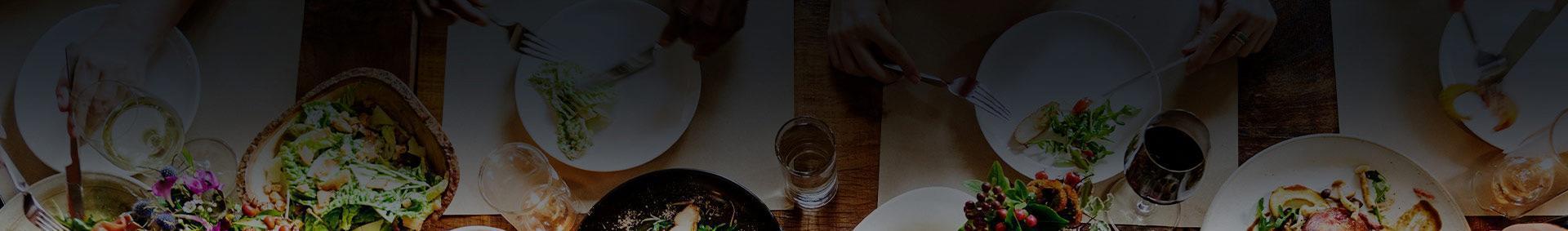 zastawa na stole